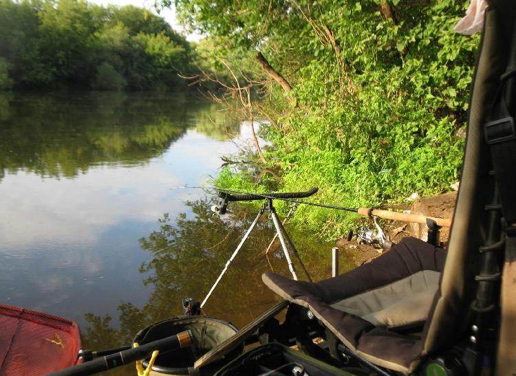 поиск места для рыбалки с эхолотом